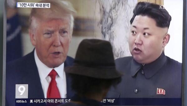 ABD Başkanı Donald Trump, Kuzey Kore lideri Kim Jong-un - Sputnik Türkiye