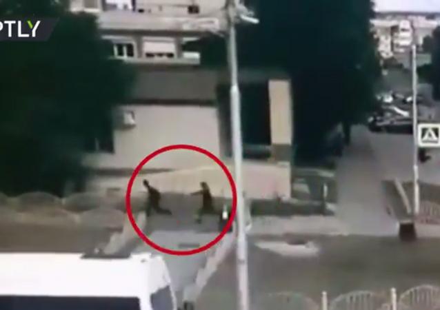 Surgut saldırganının öldürüldüğü anın görüntüleri yayınlandı