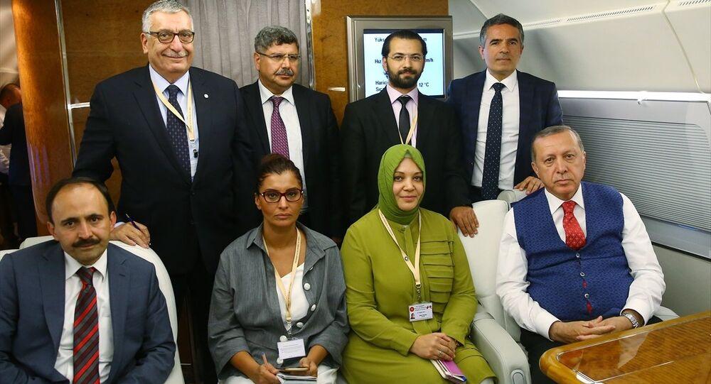 Cumhurbaşkanı Recep Tayyip Erdoğan, Ürdün dönüşü gazetecilerle