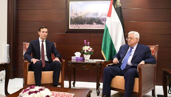 Filistin Devlet Başkanı Mahmud Abbas, Jared Corey Kushner - Sputnik Türkiye