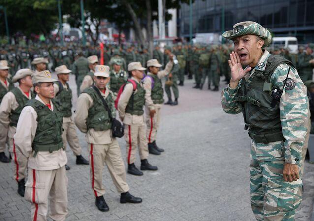Venezüella askeri tatbikat başlattı