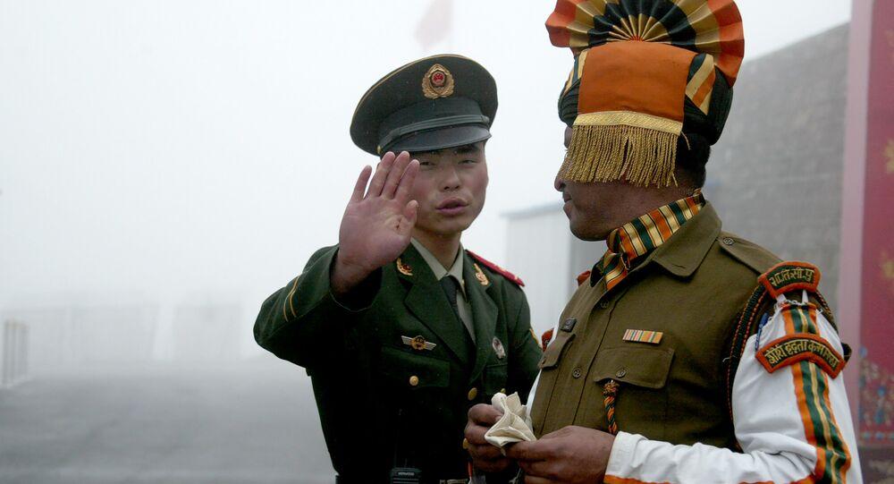 Çin ve Hindistan askeri