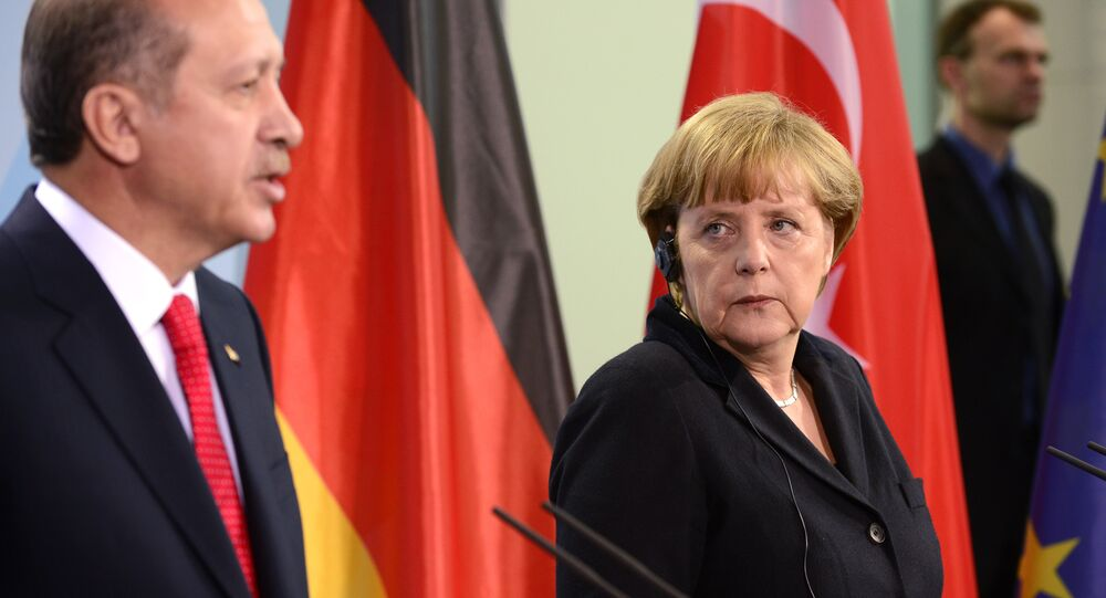 Erdoğan, Merkel ile telefonda görüştü - Sputnik Türkiye