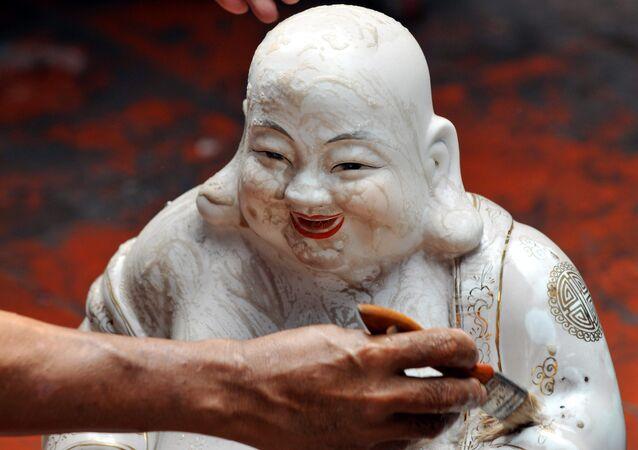 Endonezya'da bir Buda heykeli