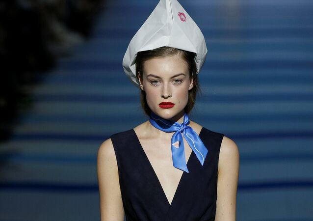Kiev'de Ukrayna Moda Haftası