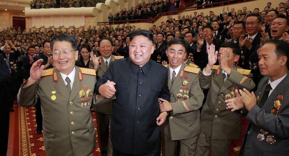 Kuzey Kore lideri Kim Jong Un, 3 Eylül'deki hidrojen bombası denemesine katkı yapan nükleer bilimciler ve mühendisler için yapılan kutlamaya katıldı