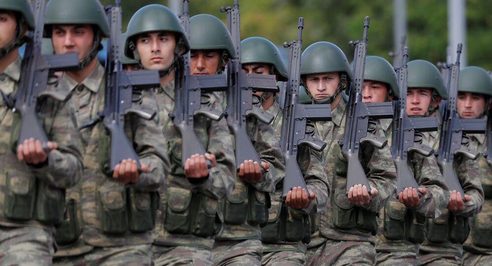 TSK- Türk askeri