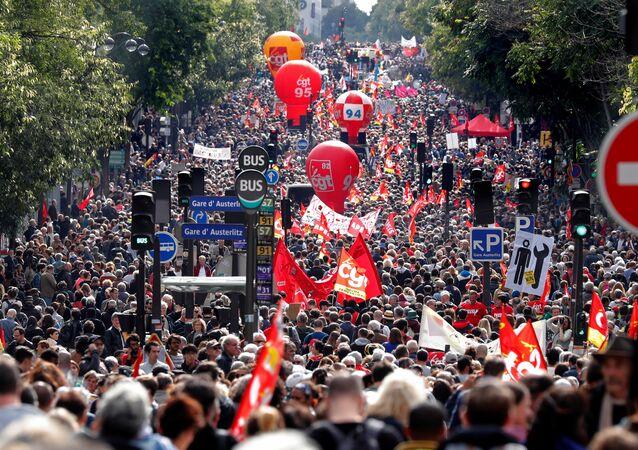 Paris'te protesto