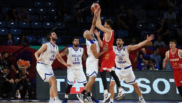 Eurobasket 2017 çeyrek final maçında Yunanistan ile Rusya karşılaştı - Sputnik Türkiye