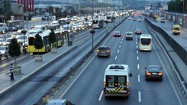Trafik - okul servisi - Sputnik Türkiye