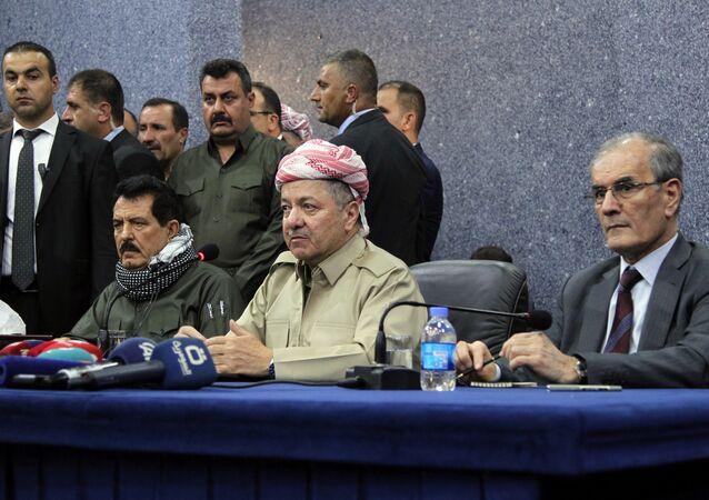 IKBY Başkanı Mesud Barzani, Kerkük Valisi Necmeddin Kerim (sağda)