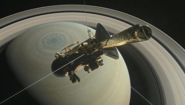 Cassini uzay aracı Satürn'e nihai dalışını gerçekleştirdi - Sputnik Türkiye