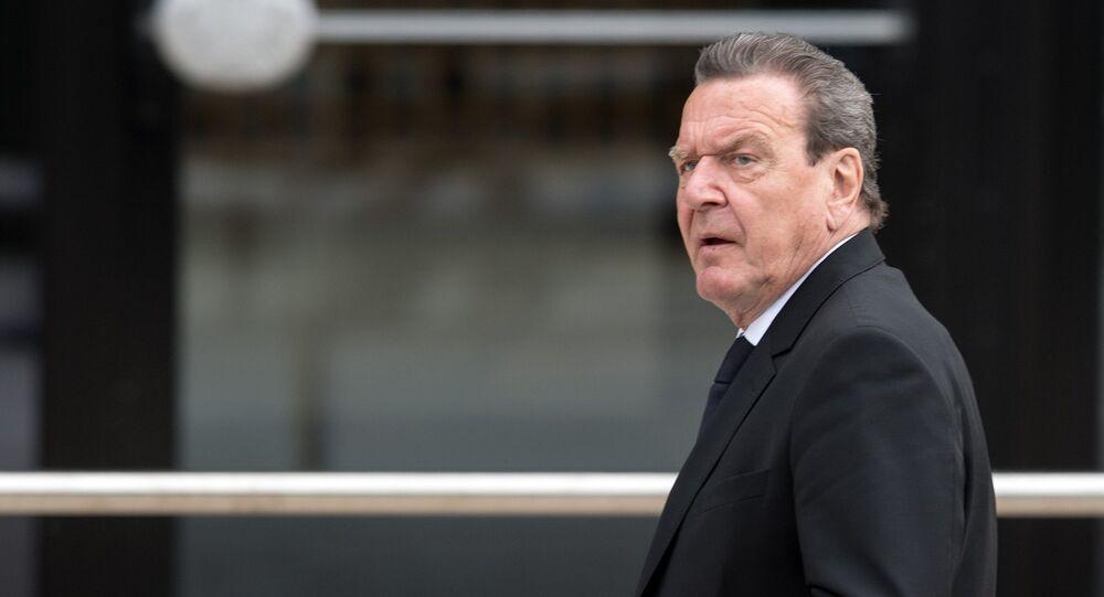 Eski Almanya Başbakanı Gerhard Schröder