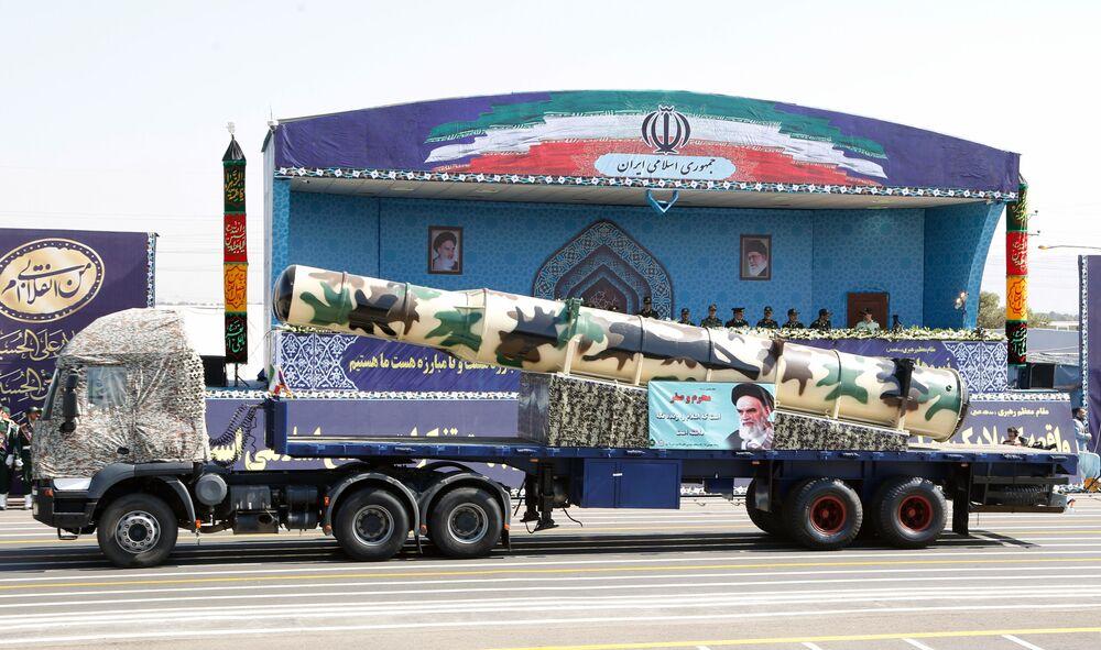 İran ordusunun kullandığı Rus malı S-300 füzesi