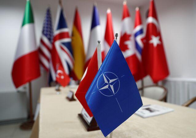 Türkiye- NATO- Bayrak