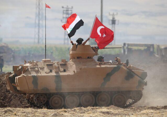 Türk ve Iraklı askerler, Türkiye-Irak sınırındaki Silopi'de ortak askeri tatbikat yapıyor