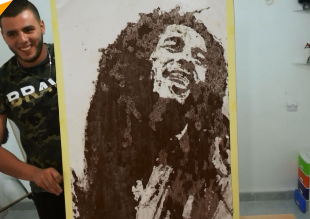 Ceyazirli ressam, tuz ve kömür ile inanılmaz tablolar çiziyor