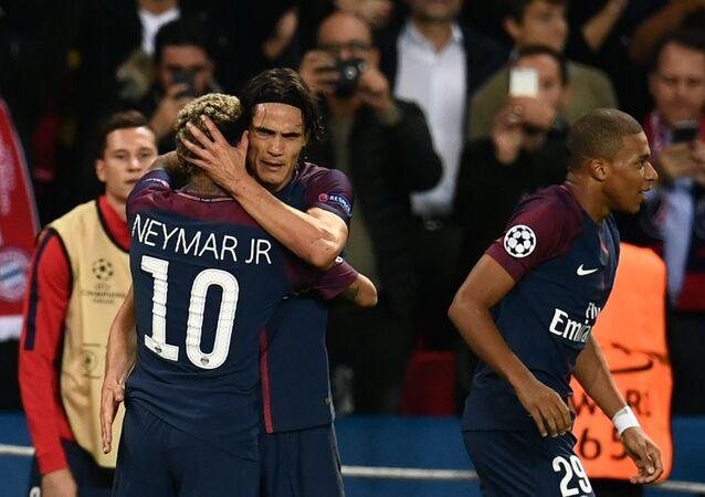 Neymar, Edinson Cavani