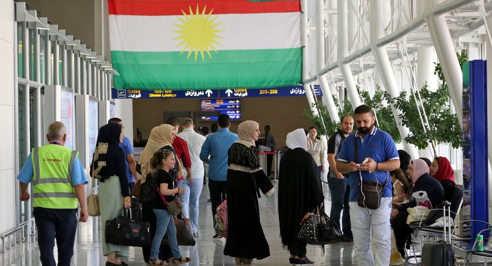 Erbil havalimanında yolcular