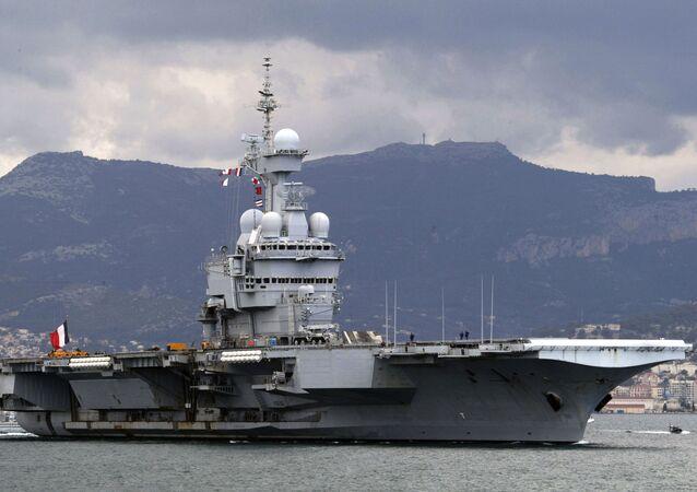 Farklı ülkelerin sahip olduğu uçak gemileri