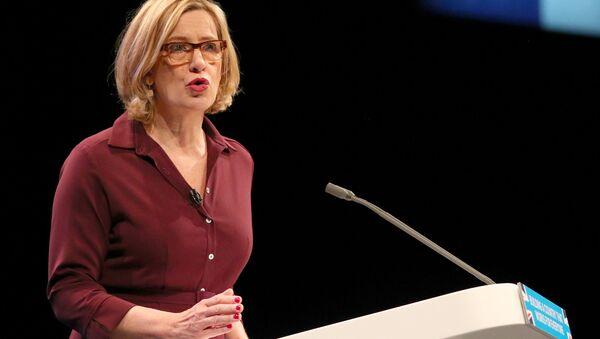 İngiltere İçişleri Bakanı Amber Rudd - Sputnik Türkiye