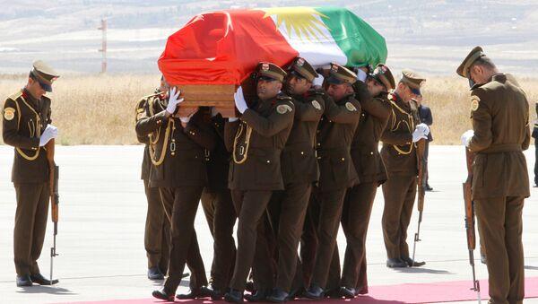Eski Irak Cumhurbaşkanı ve Kürdistan Yurtseverler Birliği (KYB) Genel Sekreteri Celal Talabani - Sputnik Türkiye