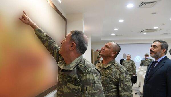 Hulusi Akar ve Hakan Fidan - Sputnik Türkiye