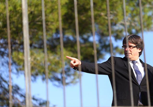 Katalonya Başkanı Carles Puigdemont