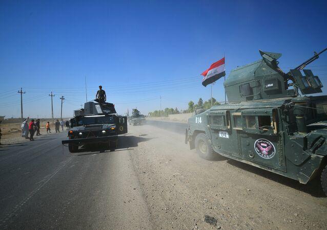 """Bununla birlikte Peşmerge Güçleri Genel Komutanlığı iç ve dış kamuoyuna yönelik yapılan yazılı açıklamada, """"İkbalpur komutasındaki İran Pasdaran Ordusu'na bağlı Haşdi Şabi güçleri, Iraklı güçlerin yardımıyla Kerkük ve çevresine yönelik geniş çaplı bir saldırı başlatmıştır. Bu saldırı, Kürdistan halkına karşı açık bir savaş ilanıdır"""" denildi. Peşmerge, KYB'yi de Irak'a yardımla suçladı."""
