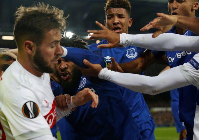Lyon-Everton maçı, kavga