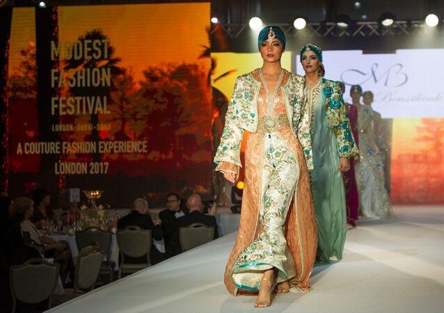 Londra'da Muhafazakar Moda Festivali