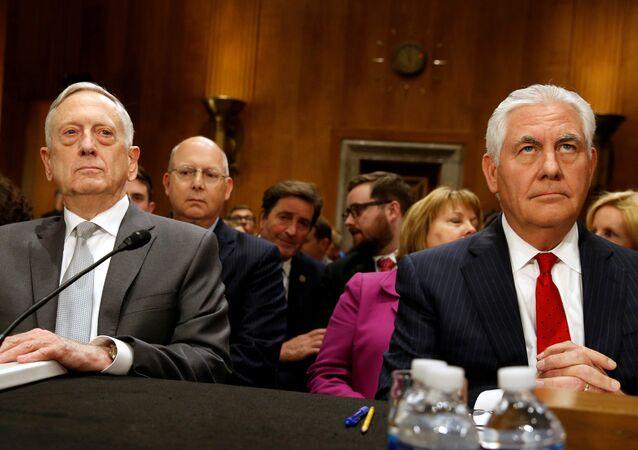 ABD Savunma Bakanı Jim Mattis ve Dışişleri Bakanı Rex Tillerson