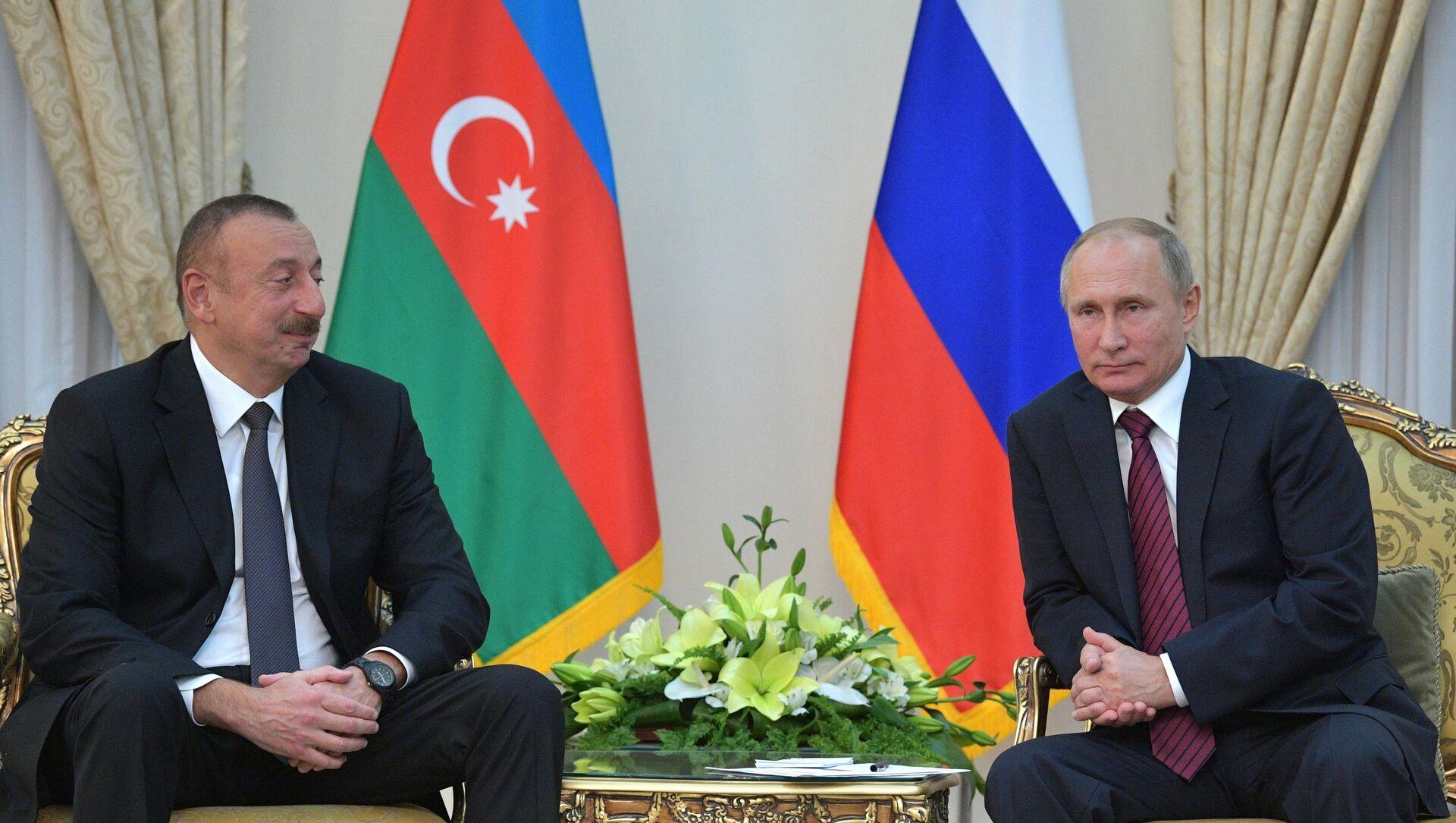 Azerbaycan Cumhurbaşkanı İlham Aliyev ve Rusya Devlet Başkanı Vladimir Putin - Sputnik Türkiye, 1920, 19.07.2021