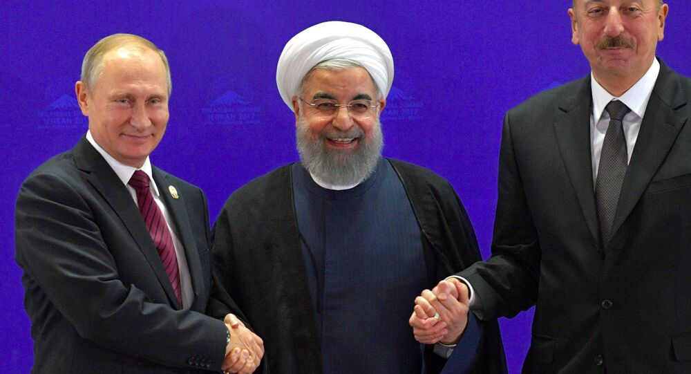 Rusya Devlet Başkanı Vladimir Putin, İran Cumhurbaşkanı Hasan Ruhani, Azerbaycan Cumhurbaşkanı İlham Aliyev