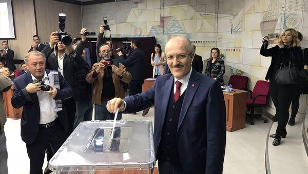 Balıkesir Büyükşehir Belediye Başkanlığı Zekai Kafaoğlu - Sputnik Türkiye