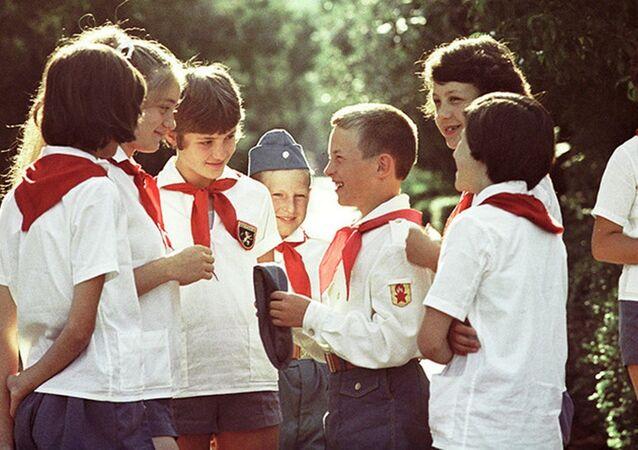Sovyet çocuklar