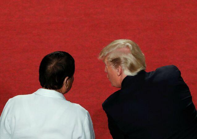ABD Başkanı Donald Trump- Filipinler Devlet Başkanı Rodrigo Duterte