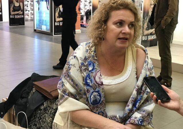 Rusya Dostluk ve Kültür Derneği Başkanı Marina Sorokina, Dostluk ve Barış Festivali'nin ikinci gününde Sputnik'in sorularını yanıtladı.