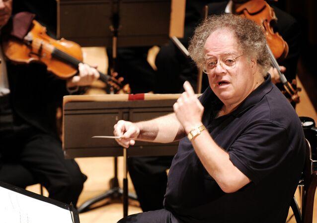 ABD'li orkestra şefi James Levine
