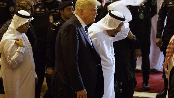 Suudi Arabistan Kralı Selman ve ABD Başkanı Donald Trump - Sputnik Türkiye