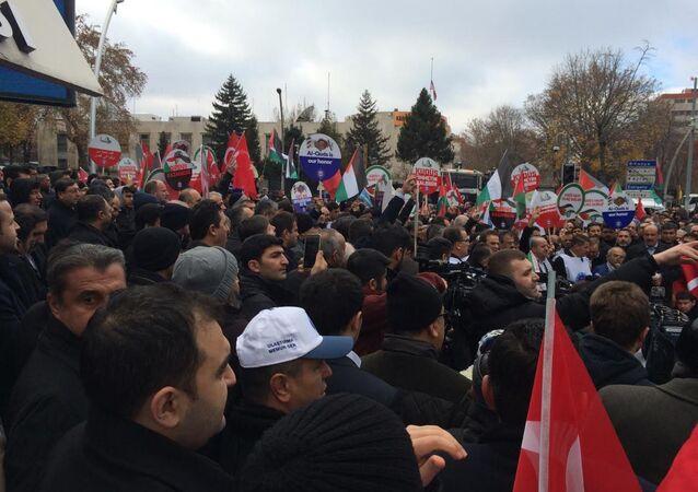 Memur-Sen'den ABD Büyükelçiliği önünde Kudüs protestosu