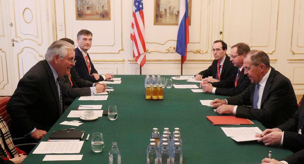 Rusya Dışişleri Bakanı Sergey Lavrov ile ABD'li mevkidaşı Rex Tillerson
