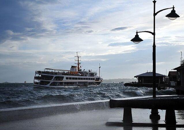 İstanbul, fırtına, vapur