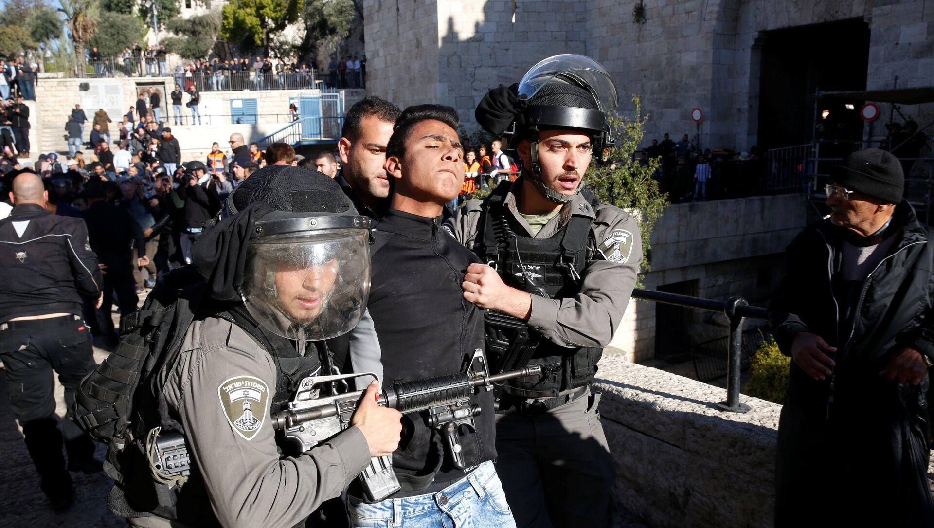 İsrail polisi, Kudüs'te gözaltılara başladı. - Sputnik Türkiye, 1920, 20.04.2021