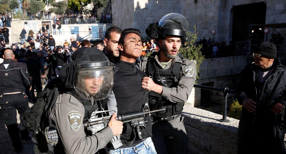 İsrail polisi, Kudüs'te gözaltılara başladı.