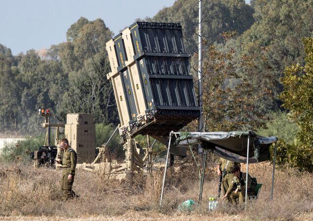 İsrail'in Demir Kubbe Savunma Sistemi