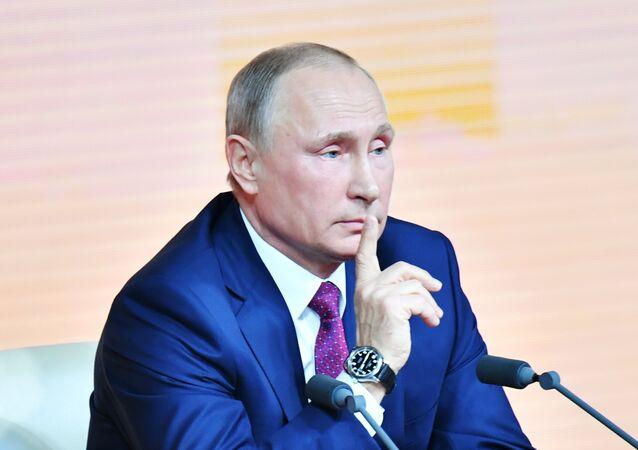 Vladimir Putin ile direkt hat