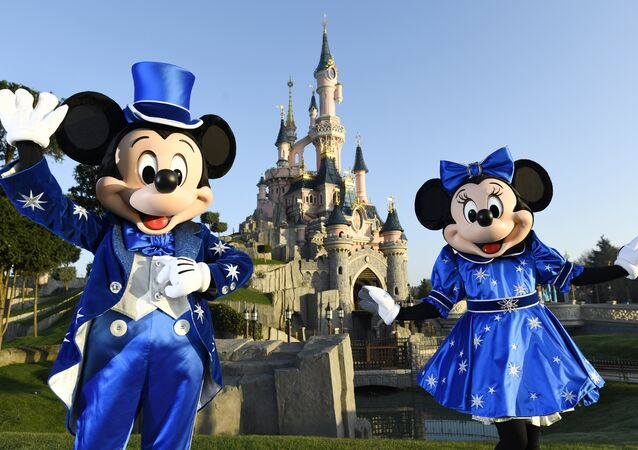 Mickey Mini mouse miki fare paris euro disney