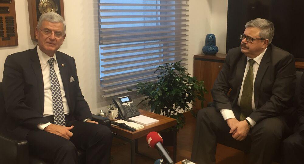 Rusya'nın Ankara Büyükelçisi Aleksey Yerhov ve TBMM Dışişleri Komisyonu Başkanı Volkan Bozkır
