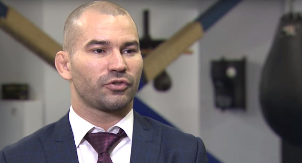 Rus asıllı İrlandalı UFC dövüşçüsü Artem Lobov